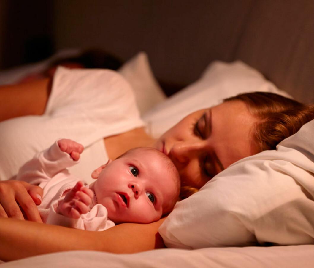 NÅR NETTENE BLIR LANGE: Spedbarn bruker gjerne mange måneder på å komme inn i samme dagsrytme som foreldrene. Foto: Shutterstock ©