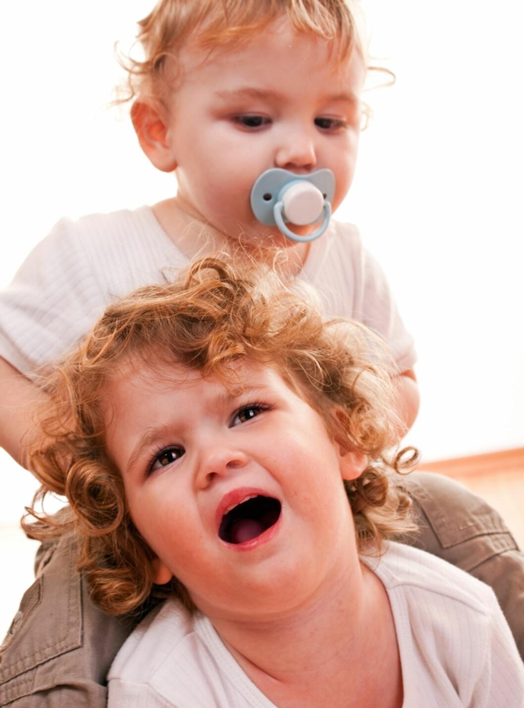 I KAMPENS HETE: Når ordene ikke strekker til, kan de minste barna ty til biting. Foto: Shutterstock