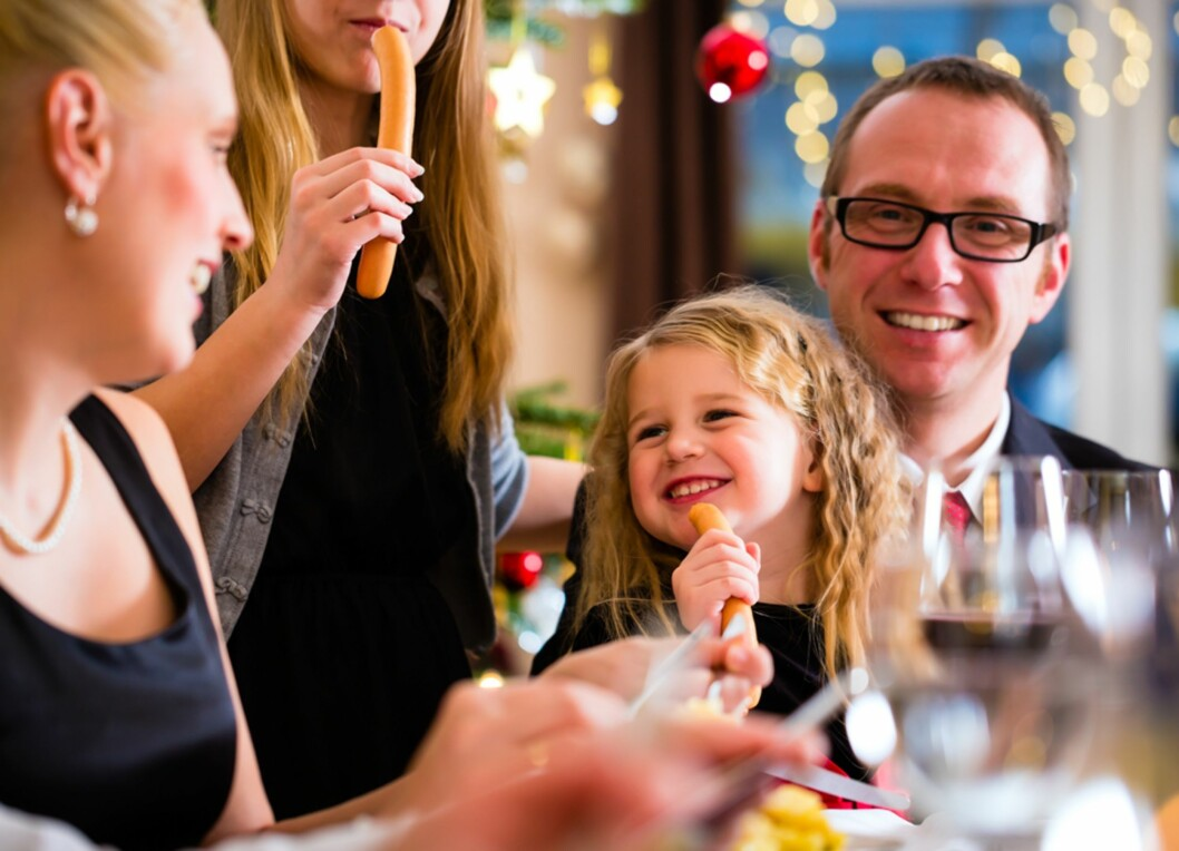 PØLSER TIL JULEMIDDAG?!  Det kan fort bli konflikter rundt hva man skal spise på julaften.  Foto: Shutterstock