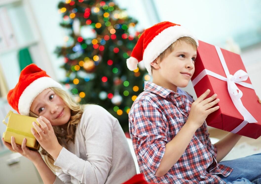 GI RETTFERDIGE GAVER: - Det må ikke være likt, men det bør være rettferdig, sier familieterapeuten. Foto: Shutterstock