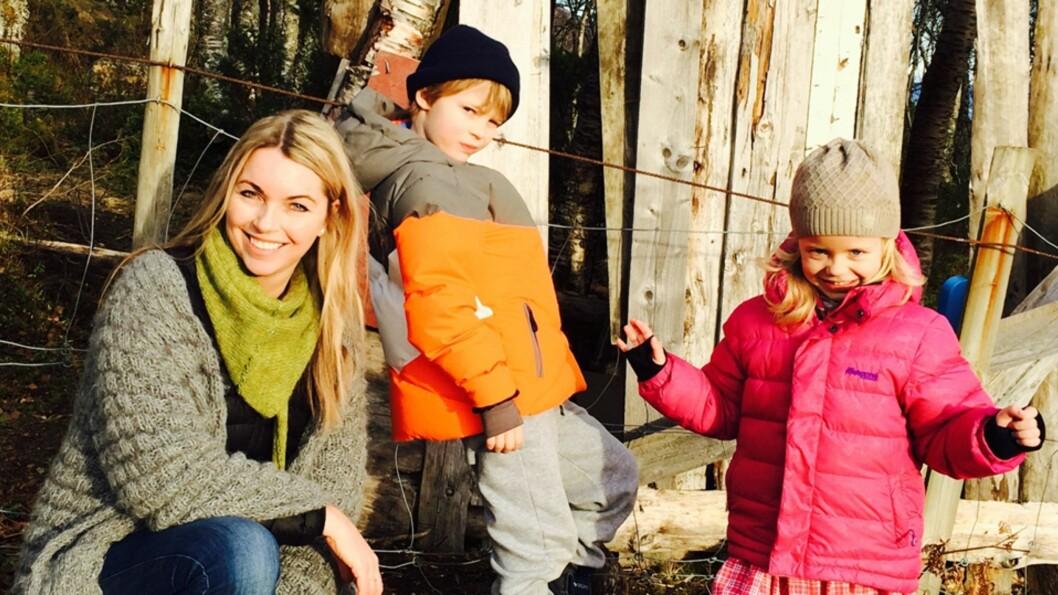 <b>DELER EGNE ERFARINGER:</b> Sølvi Foss er familieterapeut og mamma i en familie med «mine, dine og våre barn». Her deler hun sine tips til hvordan julen i bonusfamilien blir mest mulig konfliktfri. Foto: Privat