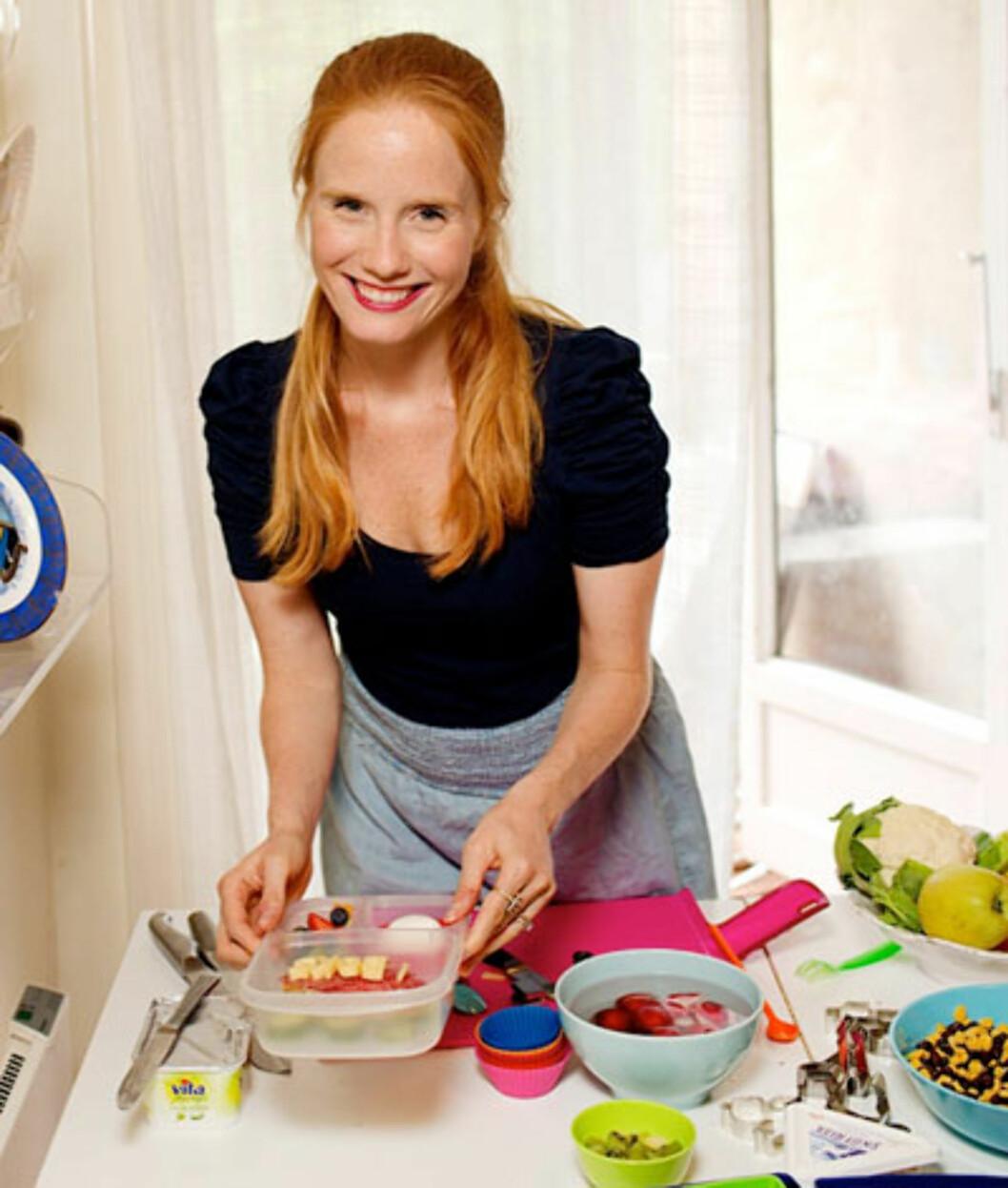 <strong>Matjournalist og tobarnsmor Susanne Kaluza:</strong>: – Unngå stress - lag matpakka dagen i forveien. Foto: www.susannekaluza.com