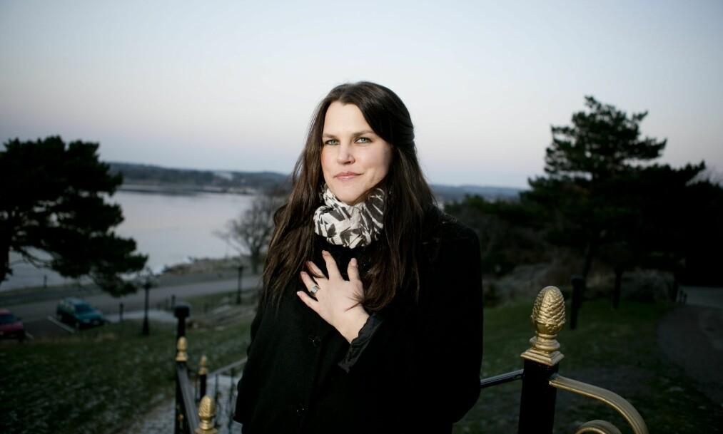 TØFF DAME: «Solsidan»-skuespilleren har flere ganger åpnet opp om sin turbulente barndom. Nå hedrer hun andre kvinner som har turt å gjøre det samme. Foto: NTB Scanpix