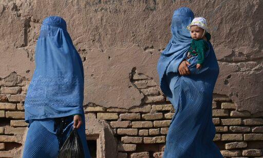 image: Kvinnene skulle frigjøres, krigen slutte, og alt skulle bli så mye bedre