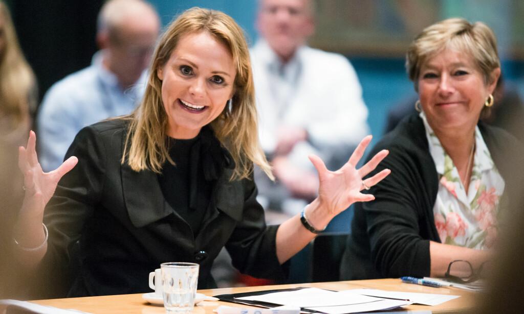 DAB-BRÅK: Kulturminister Linda Hofstad Helleland har måttet stå i store uenigheter når det gjelder innføring av digitalradio i Norge. Foto:Audun Braastad/NTB scanpix