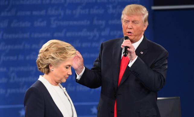 TØFF TONE: Mellom HIllary Clinton og Donald Trump. Foto: Jack Gruber-USA TODAY NETWORK/NTB scanpix