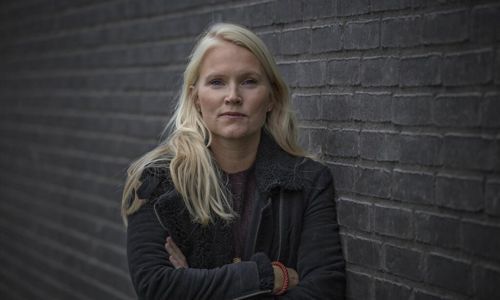 VIKTIG Å FORTELLE: Linn Kongsli Hillestad, journalist i Dagbladet og forfatter skrev boka «Flukten fra Syria» på fire måneder. - Det var viktig at boka kom ut raskt, forteller hun. Foto: Jørn Moen.