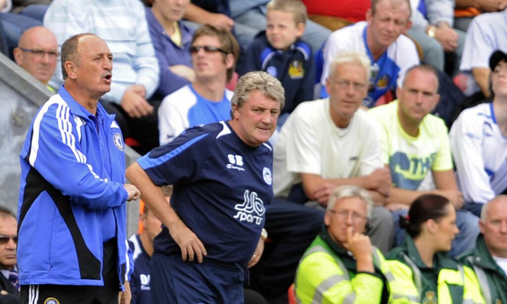 NY JOBB: Steve Bruce skal forsøke å redde Aston Villa. Foto: NTB Scanpix