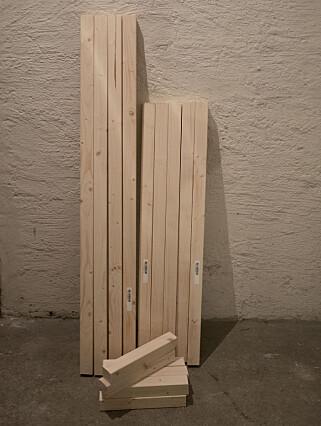 GJØR ALT KLART: Sag til alle delene du trenger først så kan du sette delene sammen som et byggesett. FOTO: Simen Søvik