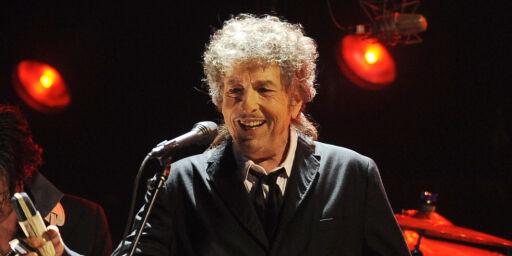 image: Bob Dylan spiller golf, er Amy Winehouse-fan, leser Tolstoj og har reklamert for dameundertøy