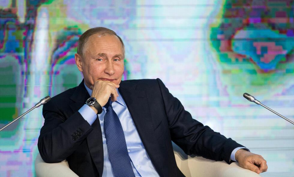 PROPAGANDA-KRIG: Tsjekkias myndigheter mener Russland og president Vladimir Putin driver propagandakrig innenfor tsjekkiske landegrenser. Nå vil de slå tilbake. Foto: Reuters / NTB Scanpix