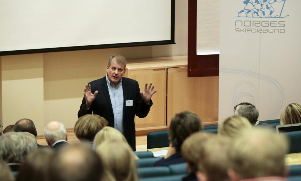 KRITISERER: Skipresident Erik Røste er ikke fornøyd med FIS-presidentens uttalelser. Foto: Lise Åserud / NTB scanpix