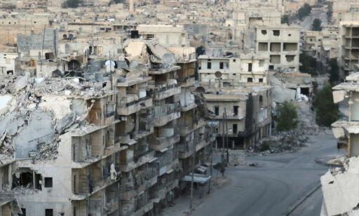 image: Våpenhvilen i Aleppo er bombet og skutt i stykker. Igjen
