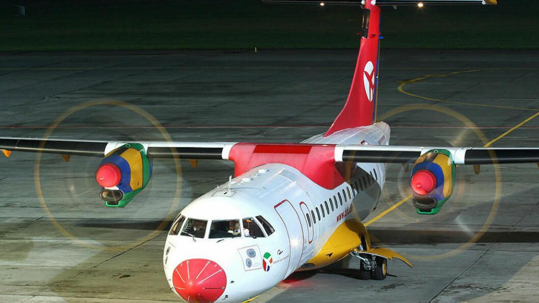<strong>NESTEN-ULYKKE:</strong> Det var et fly av denne typen fra Danish Air Transport som var nær ved å steile etter avgang fra Flesland. Foto: Radoslaw Idaszak/Wikimedia Commons