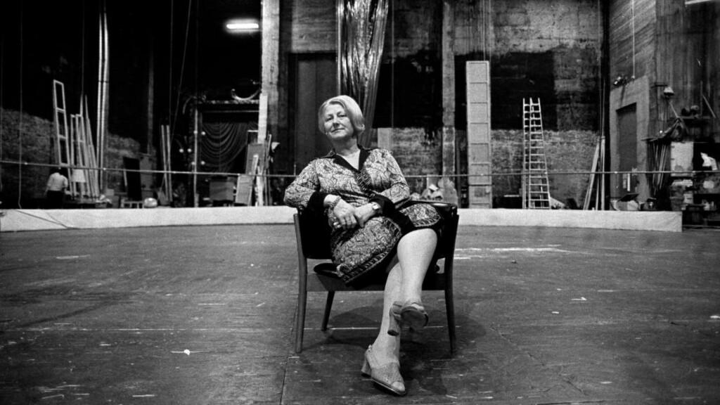 EN AV DE STØRSTE: Aase Nordmo Løvberg var en av de største operasangere Norge har hatt. Hun gjestet store scener både i Europa og USA, har vært professor ved Norges musikkhøgskole og sjef for Den Norske Opera. Her fra Den Norske Opera i 1980.  Foto: RUNE MYHRE/DAGBLADET