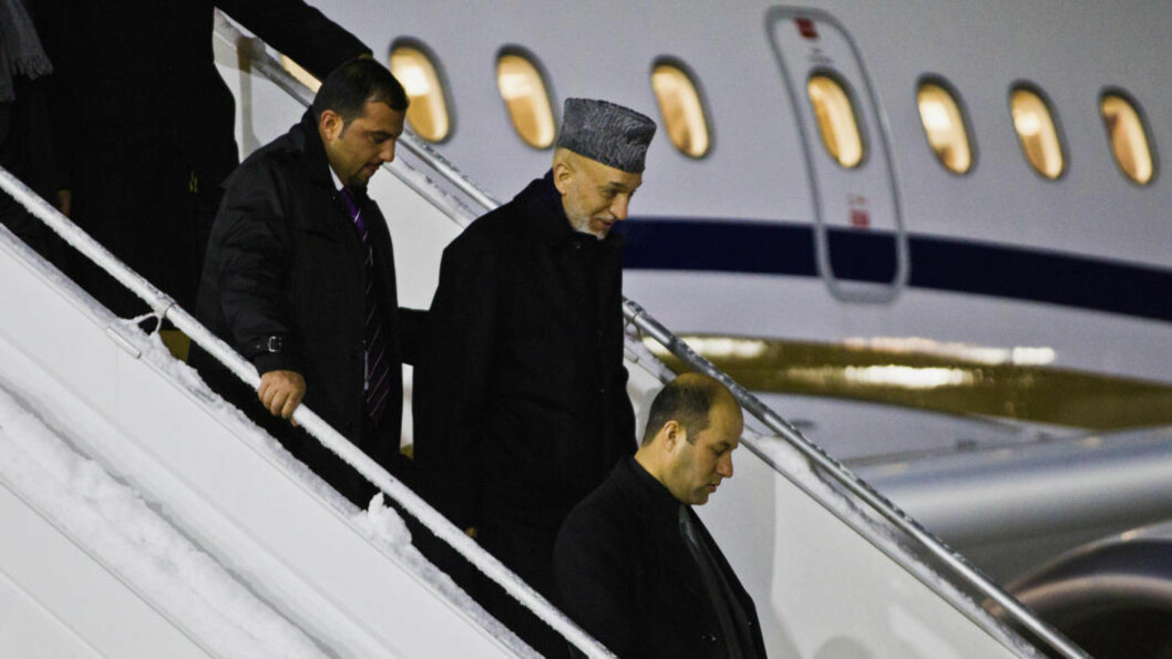 <strong>PÅ PLASS:</strong> Afghanistans president Hamid Karzai ankom i går kveld Gardermoen. Foto: REUTERS/Vegard Grott/NTB Scanpix