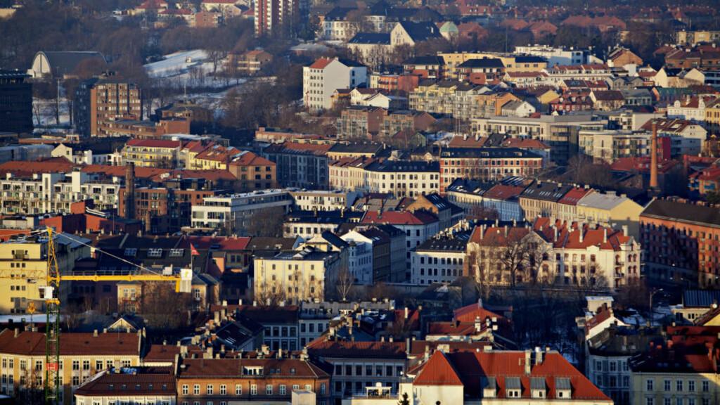 SENTRALT OG DYRT: Sentral beliggenhet er øverst på ønskelista når folk skal kjøpe bolig. Skal du kjøpe bolig til 2 millioner kroner i Oslo i dag, får du 10 kvadratmeter mindre enn du fikk i 2008. Foto: TORBJØRN KATBORG GRØNNING / Dagbladet.