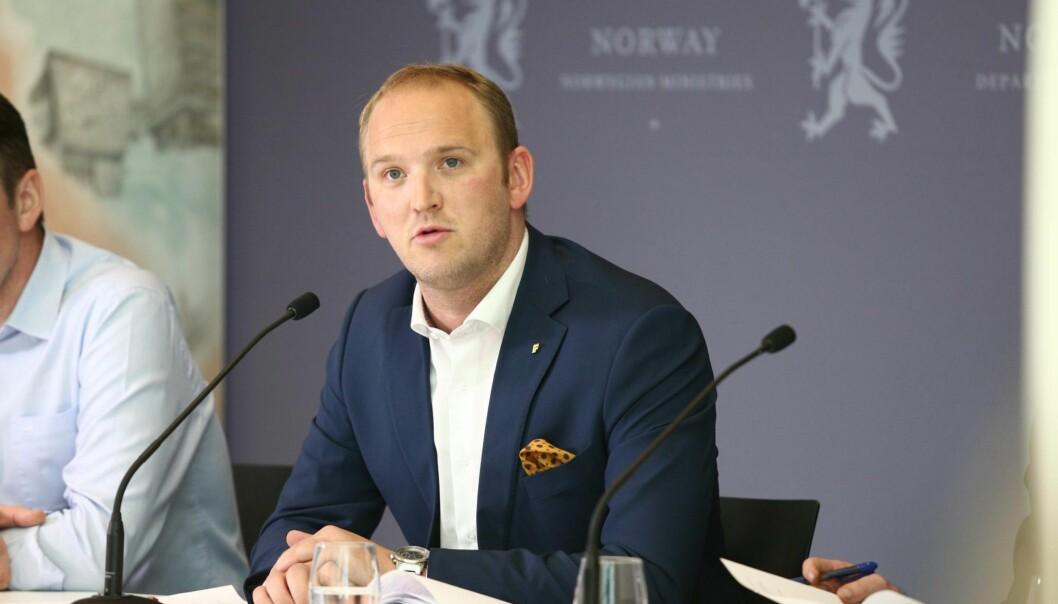 <strong>FÅR PÅ PELSEN?:</strong> Landbruks- og matminister Jon Georg Dale.