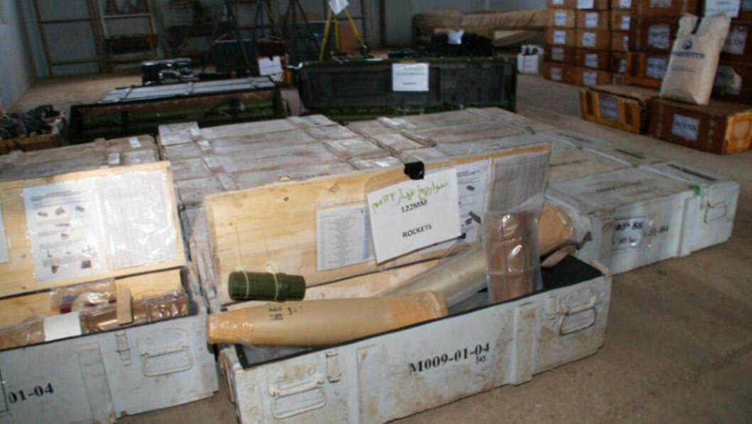 <strong>MISSILER:</strong> Stridens kjerne - våpenlasten som Jemen hevder er sendt fra Iran. Foto: AFP / NTB Scanpix