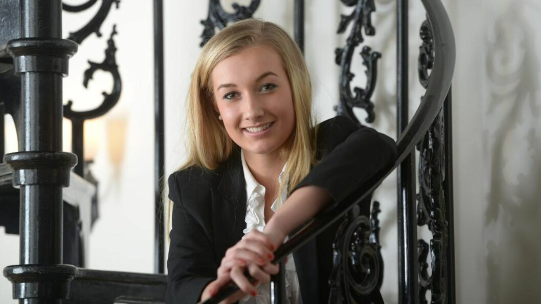<strong>SMART:</strong> Lauren Marbe er klokere enn de fleste og har en IQ på 161. Foto: SWNS / NTB SCANPIX