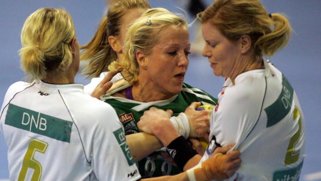 <strong>MESTERMØTE:</strong> Heidi Løke og Györ gjester lørdag Larvik til storoppgjør i mesterligaen. Foto: ALEKSANDAR DJOROVIC / Scanpix.