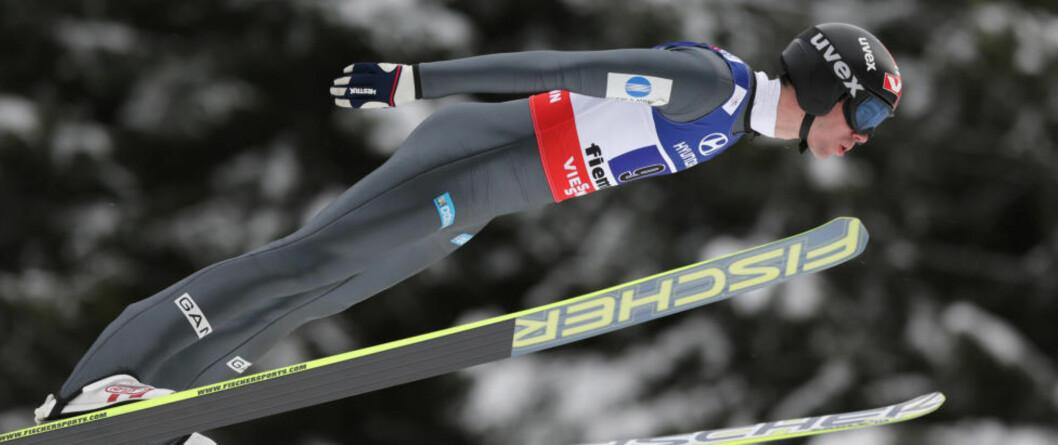 <strong> FJERDEPLASS:</strong>  Anders Bardal og resten av det norske mixed-laget greide ikke følge opp det norske gullet fra normalbakken lørdag. Til slutt ble det en fjerdeplass for Lundby, Sagen, Hilde og Bardal. Foto: AP / Matthias Schrader / NTB Scanpix