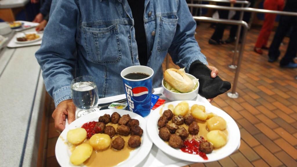 I IKEA-KJØTTBOLLENE:  I dag melder det tsjekkiske nyhetsbyrået CTK at tsjekkias mattilsyn har nå innrapportert funnet av hestekjøtt i kjøttboller fra IKEA. Foto: Heiko Junge / SCANPIX