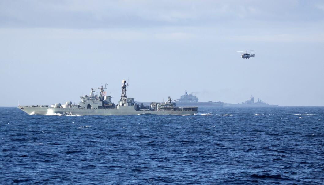 <strong>18 ÅR PÅ VERKSTED:</strong> Ubåtjageren «Viseadmiral Kulakov» har stått 18 år på verksted. Her på vei sørover langs norskekysten i forrige uke. Foto: Forsvaret