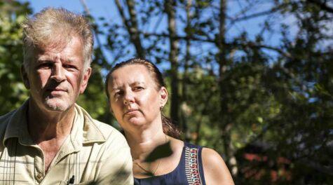 image: Nå har de vært uvenner med naboen i åtte år