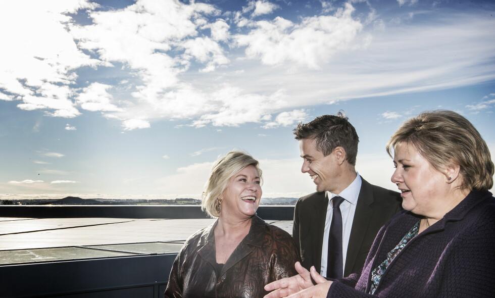 AVGJØRENDE VALG: Både Siv Jensen (Frp) og Erna Solberg (H) ønsker å unngå at Knut Arild Hareide og KrF bryter samarbeidet med borgerlig side etter valget i 2017. Foto: Hans Arne Vedlog  /  Dagbladet