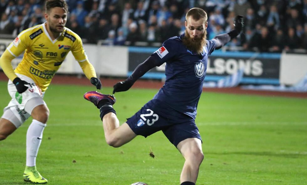 SCORET: Jo Inge Berget scoret Malmös første, og bommet senere på straffe. Foto: Björn Larsson Rosvall/TT / NTB scanpix