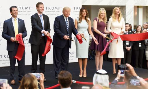 MEKTIG FAMILIE: Barna til Trump er et resultat av tre forskjellige ekteskap, der den ferske presidenten fortsatt er gift med sin tredje kone, Melania. Foto: Sipa