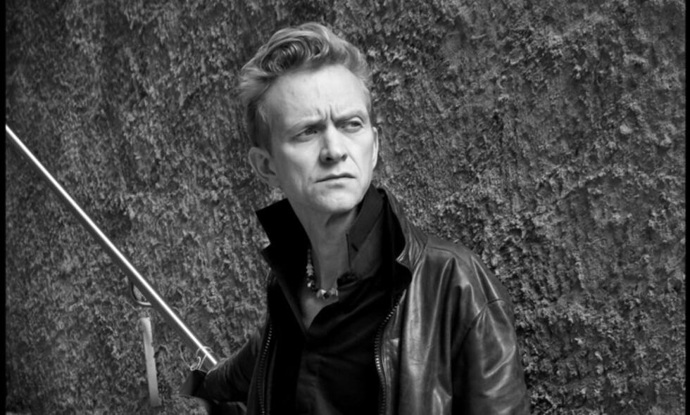 PÅ TIDE: Etter å ha bidratt på rundt 260 album er det på tide at Geir Sundstøl trer fram i forgrunnen. Foto: Raymond Mosken