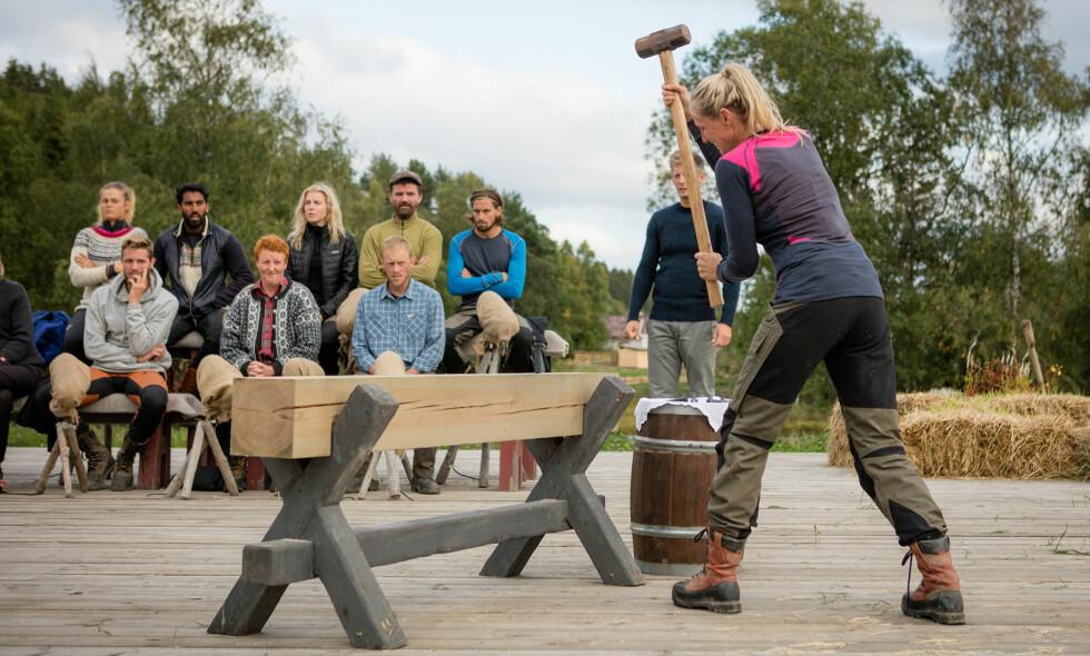 NÅDDE IKKE OPP: Anita Kallestad (43) tapte tvekampkonkurransen i kveldens episode, og er dermed ute av «Farmen». Foto: Alex Iversen / TV 2