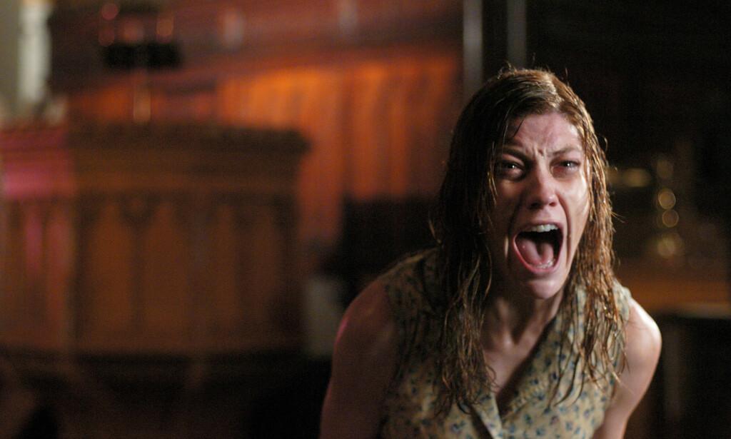 BASERT PÅ: Filmen «The Exorcism of Emily Rose» er basert på historien til Anneliese Michel, som ble overbevist om at hun var fordømt. Foto: Filmweb