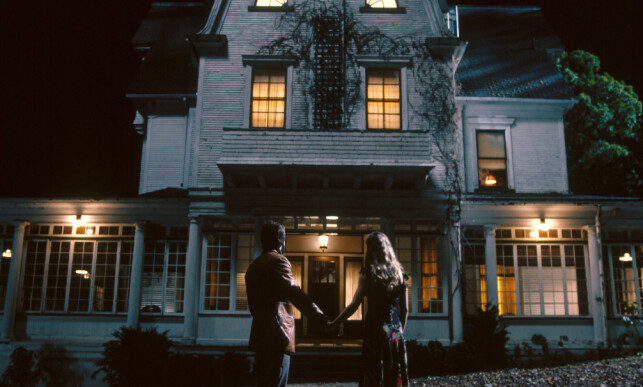 SPØKELSESHUSET: «The Amityville Horror» tar utgangspunkt i en sann historie, men er siden trukket i tvil. Foto: Filmweb