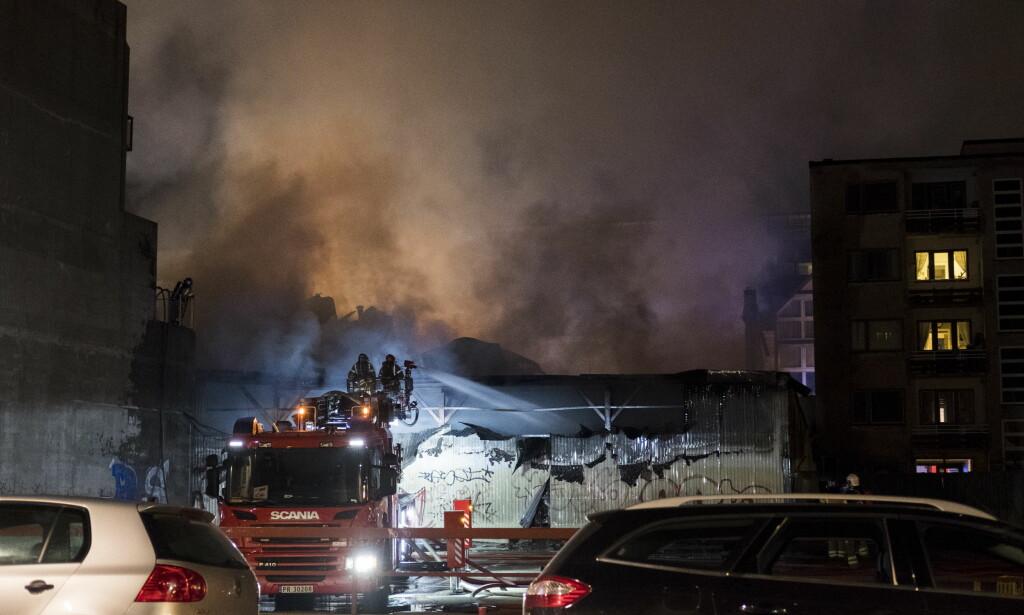 STORBRANN: Det var en storbrann i Kristiansand sentrum natt til søndag. Foto: Tor Erik Schrøder / NTB scanpix