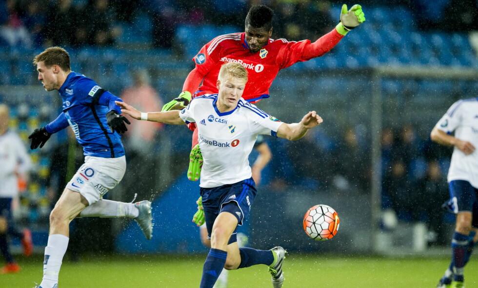 Mange dueller: I kampen mellom Stabæk og Molde. Foto: NTB Scanpix