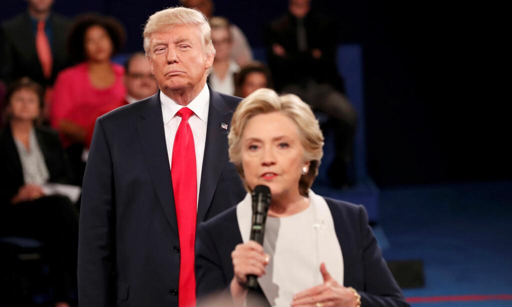 FAVORITT: Hillary Clinton er den soleklare favoritten i Norge, i likhet med i mesteparten av Europa. Men et land elsker Donald Trump. REUTERS/Rick Wilking     TPX IMAGES OF THE DAY      - RTSRJDZ REUTERS PICTURES OF THE YEAR 2016