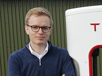 <strong>- INGEN KOMMENTAR:</strong> Kommunikasjonssjef Even Sandvold Roland i Tesla Norge vil ikke spekulere for mye om Tesla. Foto: Henrik Skolt / NTB scanpix