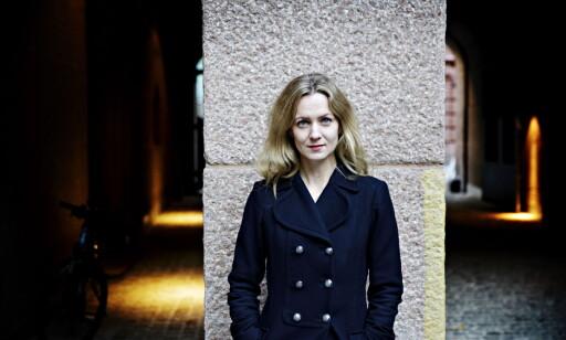 SELVERKLÆRT SKAKESPEARE-NERD: Dagbladets Inger Merete Hobbelstad med ny Shakespeare-bok Foto: Nina Hansen / Dagbladet