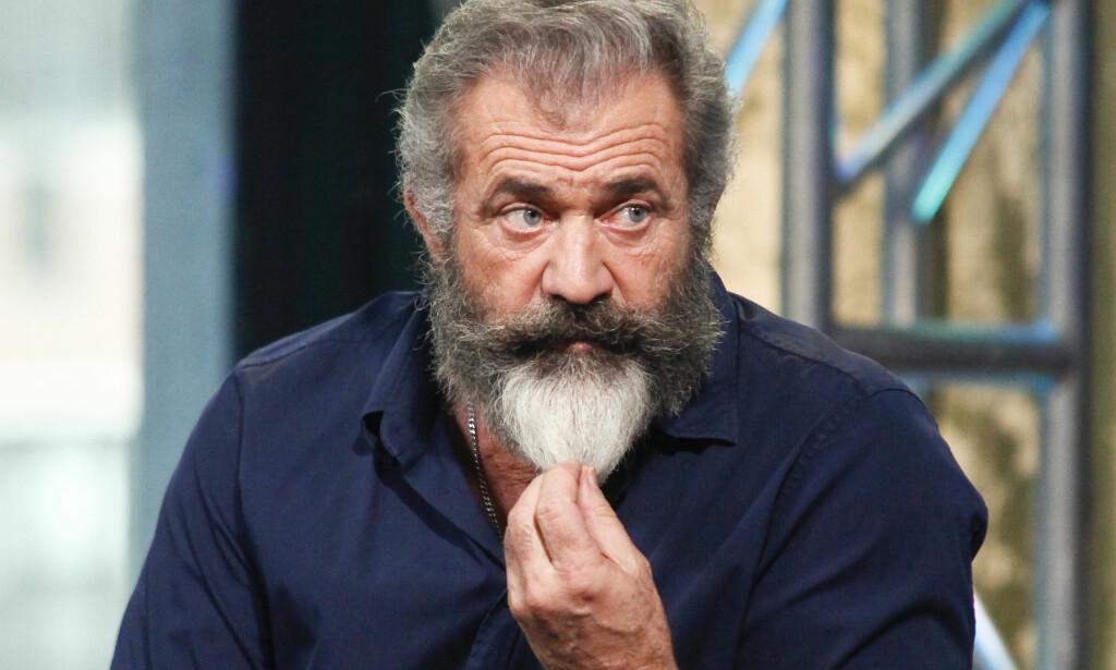 TILBAKE I RAMPELYSET: Mel Gibson er aktuell med regien på den kritikerroste filmen «Hacksaw Ridge». Foto: NTB Scanpix