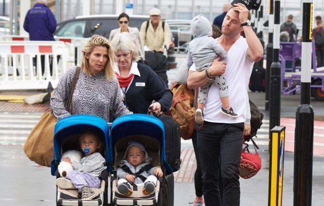 FLYTTET FRA LOS ANGELES: Elsa og Chris bestemte seg for å endre tilværelsen etter at de ble foreldre. Da pakket de sakene og flyttet til Australia - for barnas skyld. Foto: NTB Scanpix