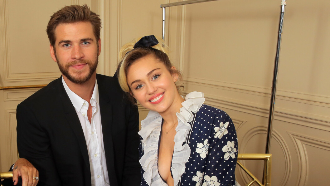 LYKKELIGE IGJEN: Liam Hemsworth og Miley Cyrus forlovet seg for første gang i 2012. Året etter gikk de hver til sitt. Nå er de lykkeligere enn noensinne igjen. Foto: NTB Scanpix