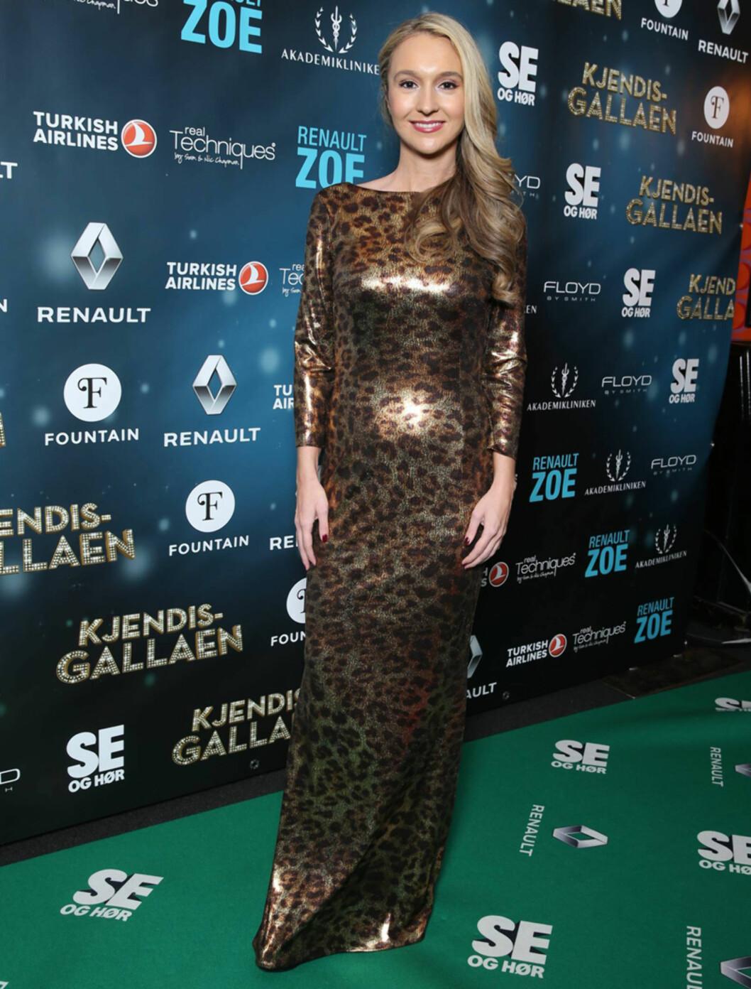 <strong>DYRISK:</strong> Pia Haraldsen fikk oppmerksomhet i en motsid, metallisk kjole med leopardmønster.  Foto: Andreas Fadum, Se og Hør