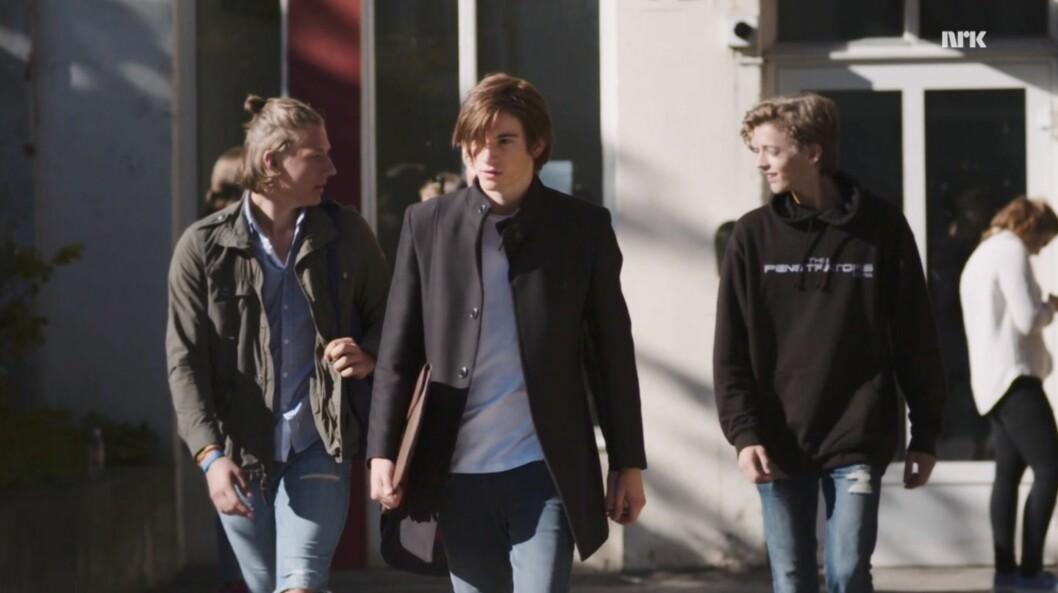 <strong>MYSTISK TYPE:</strong> Thomas Hayes sin første scene som William i «Skam» kom først i den fjerde epiosden i sesong én. Selv om sesongens hovedtema var forholdet mellom Eva og Jonas, vekket den mystiske tredjeklassingen umiddelbart interesse.  Foto: NRK