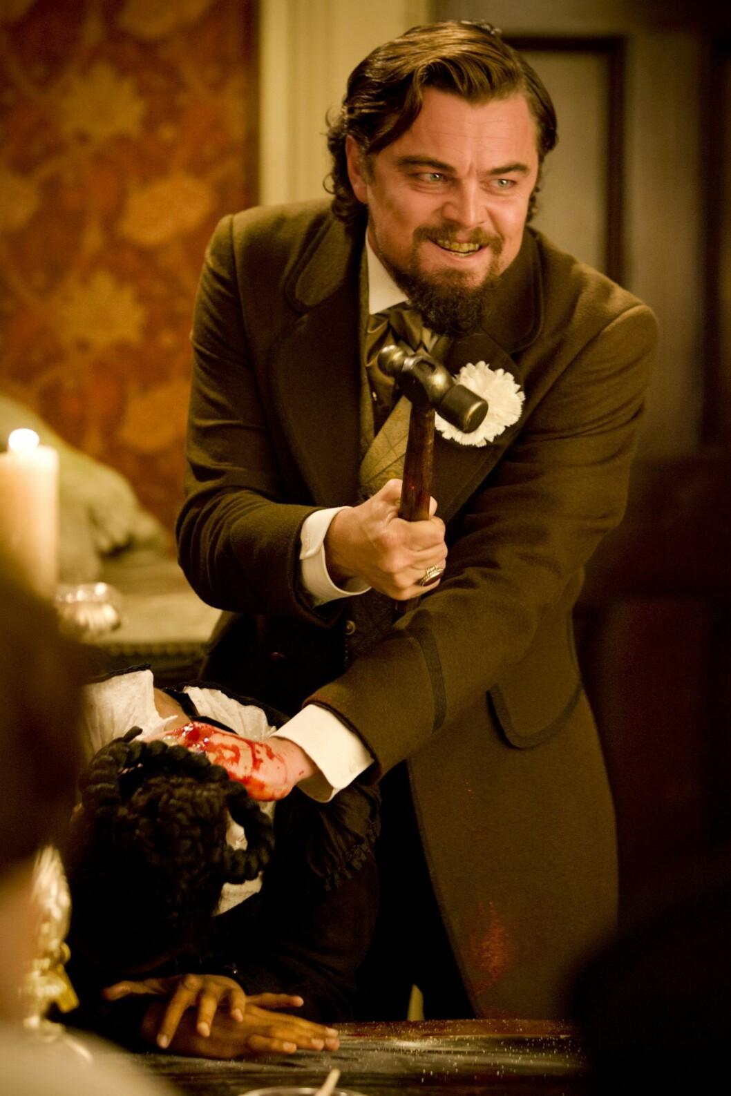 I 2012: Leonardo DiCaprio leverte en av sine mest minneverdige rolleprestasjoner som den blodtørstige plantasjeeieren Calvin Candie i Quentin Tarantinos «Django Unchained». Foto: COLUMBIA PICTURES / Album