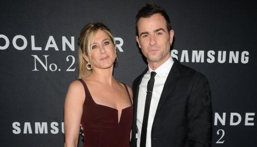 Anistons ektemann spøker med Brad-brudd
