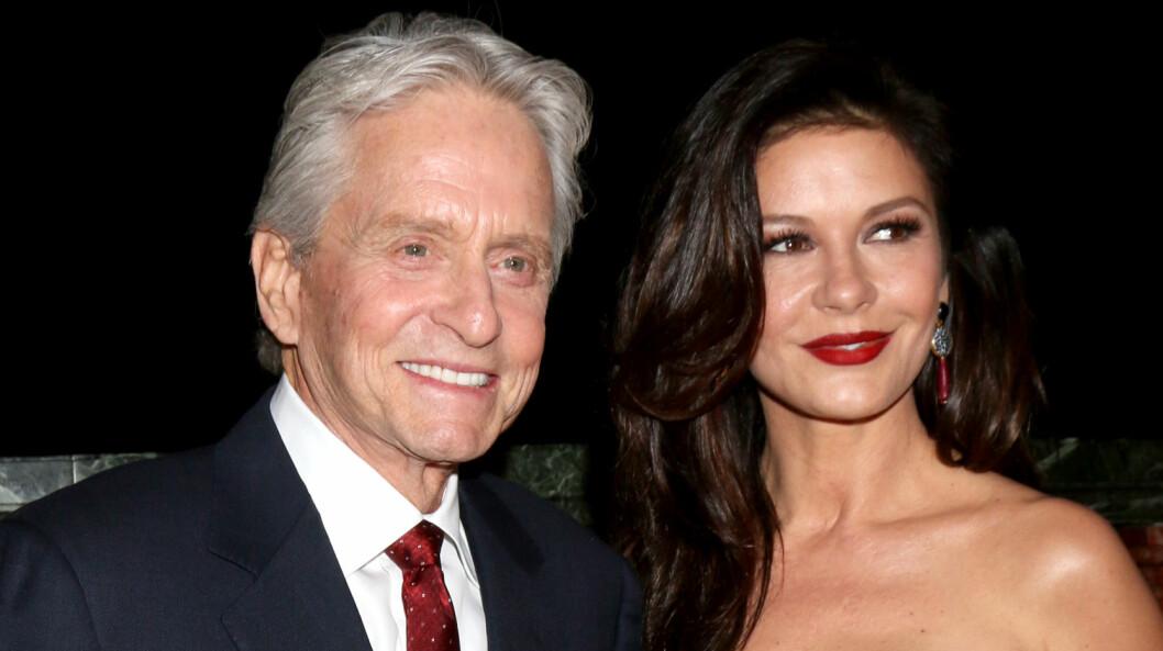 LYKKELIGE: Etter flere tragedier og skandaler nyter Michael Douglas og Catherine Zeta-Jones nå livet sammen med familien.  Foto: wenn.com