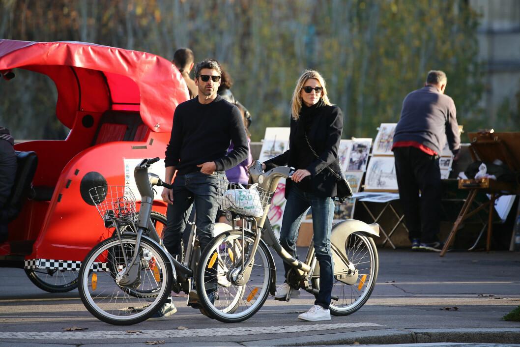 HARDT ARBEID: I starten av november ble Patrick og Jillian fotografert sammen i Paris. Her koste de seg sykkelturer og spaserturer mens de tok mange selfies og så svært forelsket ut igjen. Foto: NTB Scanpix